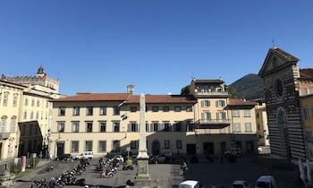 Obrázek hotelu Dimora 16 Rooms & Garden ve městě Prato