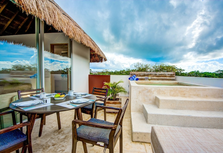 Tulum Chic 2 bedroom penthouse sleeps 6, Tulum, Luxury Apartment, 2 Bedrooms, Terrace/Patio