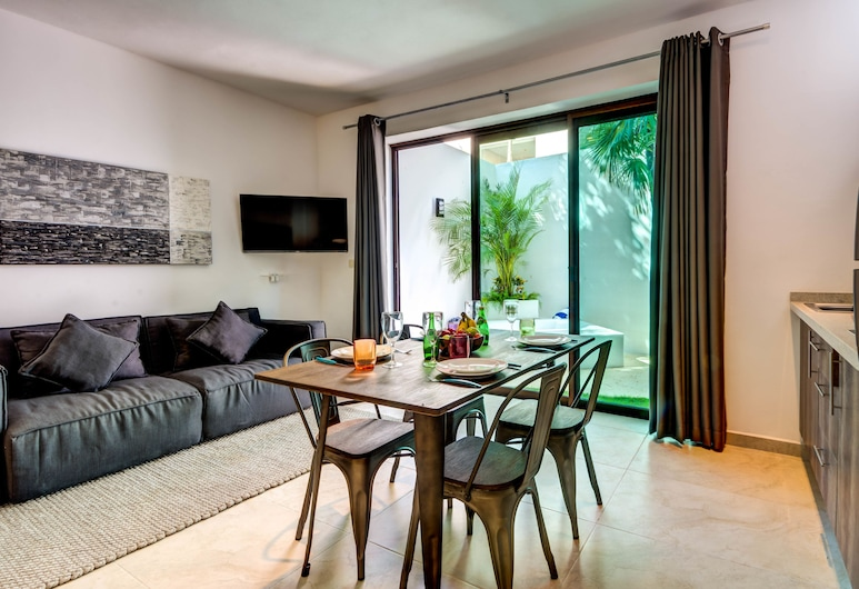 Lunata Studio 1 bedroom sleeps 2, Tulum, Studio, Living Area