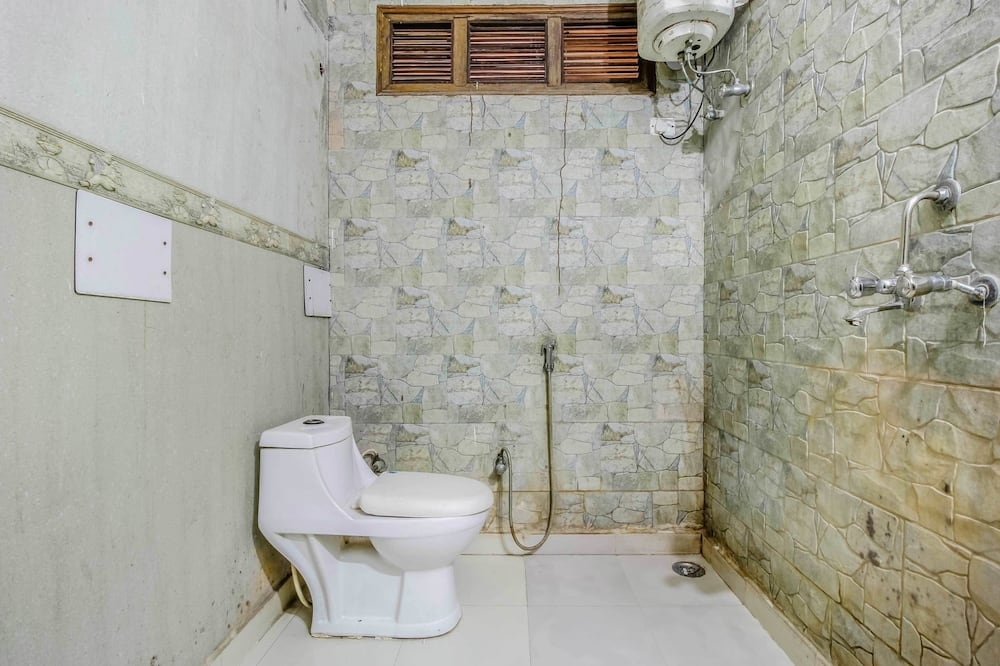 Four Bedroom  - Bathroom