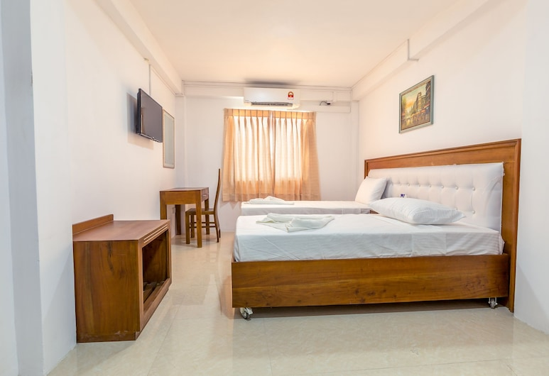 Metro Port City Hotel, Colombo, Basic Double Room, 1 Double Bed, Guest Room