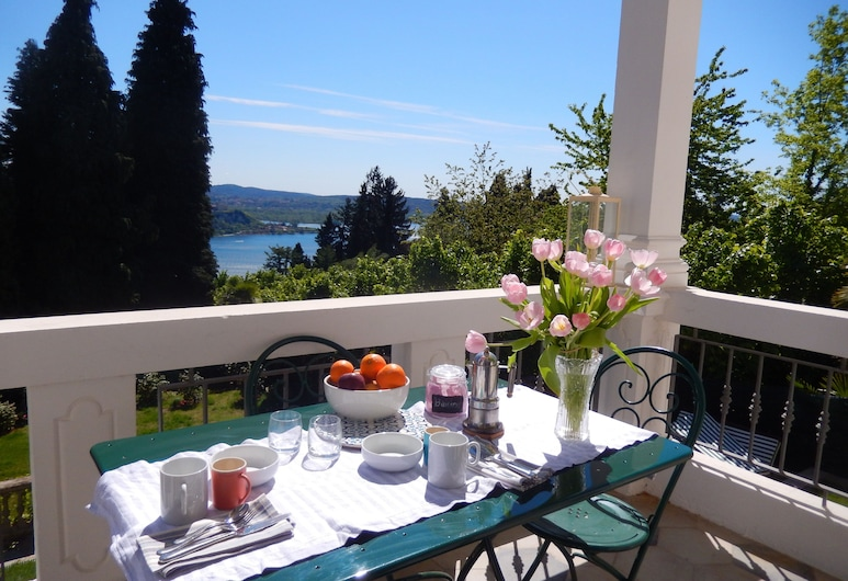 White Lilac, Arona, Outdoor Dining