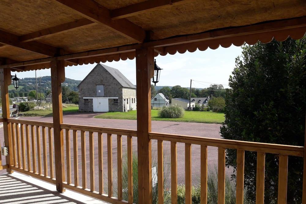 Twin Room - Balcony View