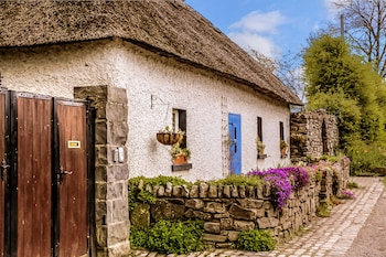 Picture of Thatched Cottage in Rathfeigh