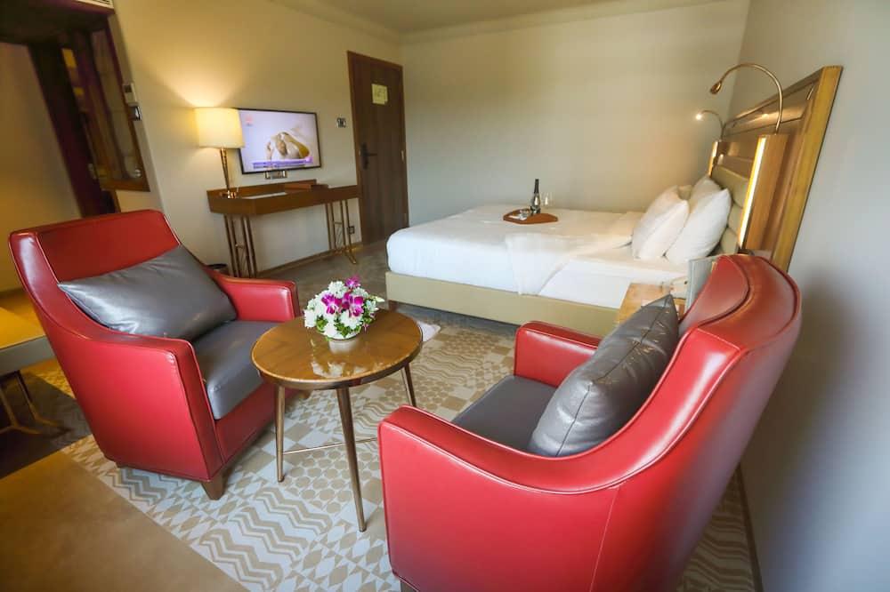 חדר דה-לוקס זוגי או טווין, 2 חדרי שינה, למעשנים - אזור מגורים