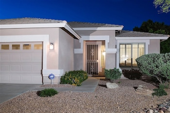Top 10 Glendale Hotels Near Arrowhead Towne Center Arizona
