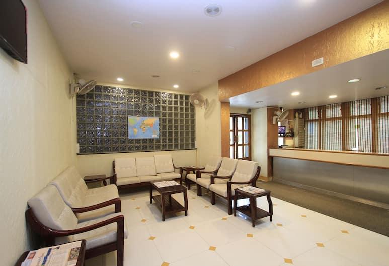 HOTEL VELLARA, Bengaluru, Sittområde i lobbyn
