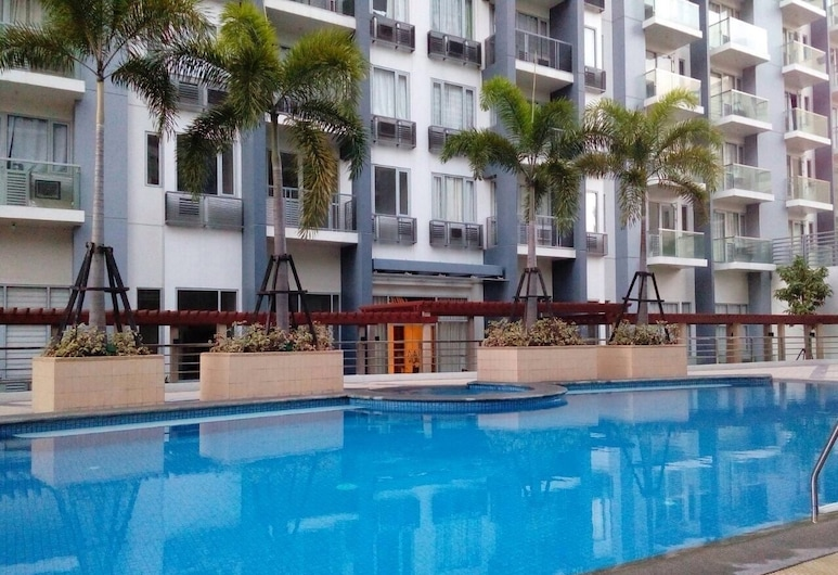 Jieann's Transient Home, Pasay, Piscina al aire libre