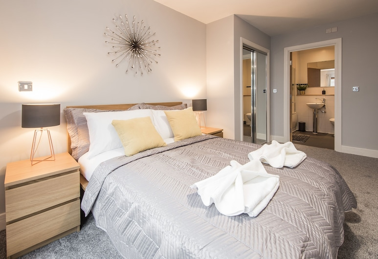 First Stay Apartments - The Postbox Suite, Birmingham, Apartment, Private Bathroom, Courtyard View (1 bed), Room