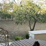 Classic Double or Twin Room, Ensuite, Garden View - Terrace/Patio