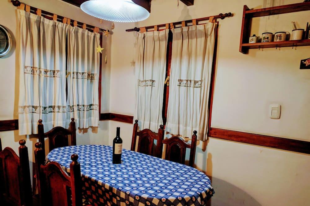 Cabaña, 2 habitaciones, vista a la montaña - Servicio de comidas en la habitación
