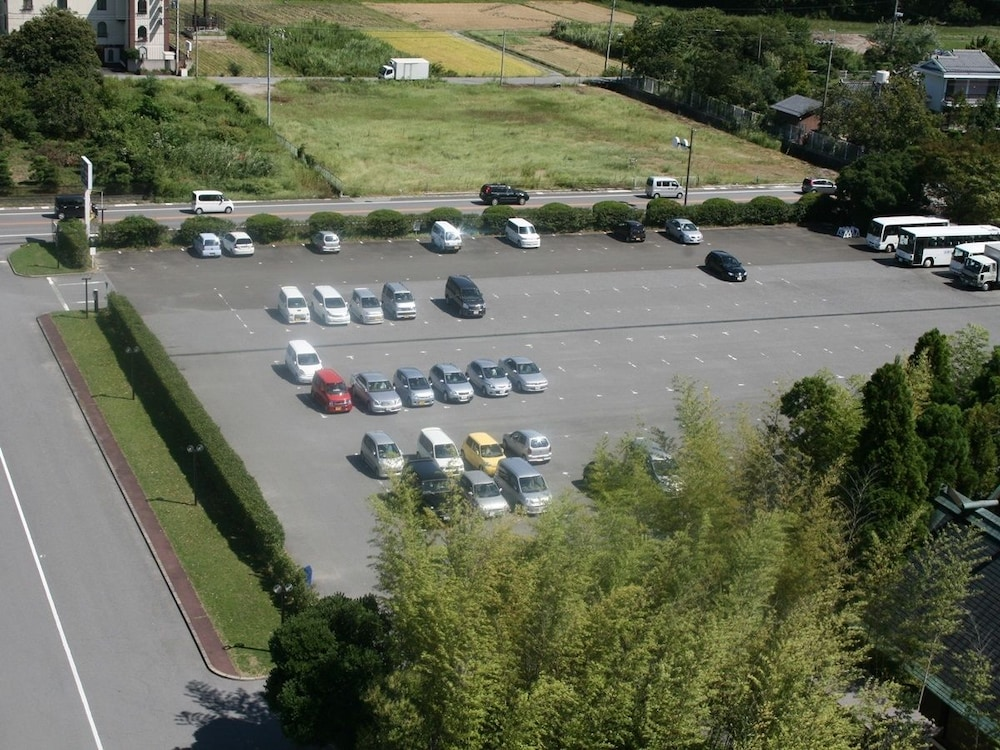 Hikone View Hotel Rv Or Truck Parking