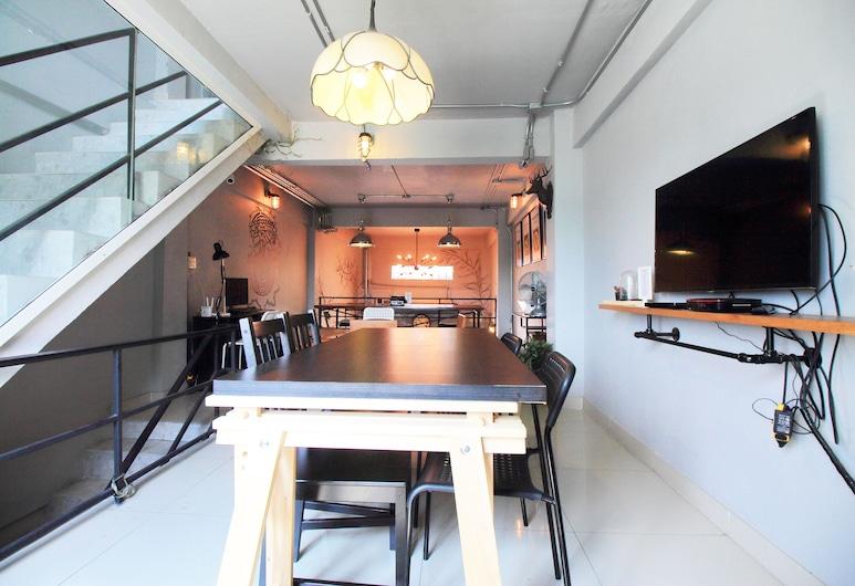 OYO 421 ガヤスカ ホステル & カフェ, バンコク, ロビー応接スペース