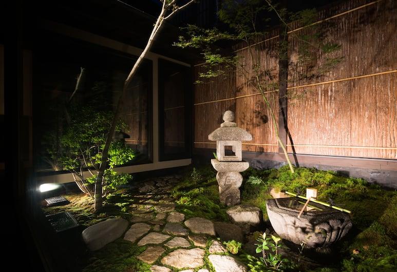 瀨原川七條町屋住宿飯店, Kyoto, 庭院