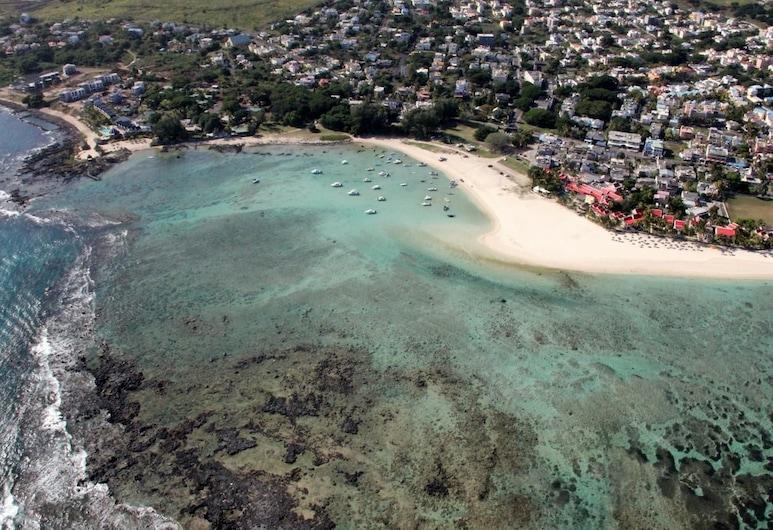 Lariad BnB, Flic-en-Flac, Beach