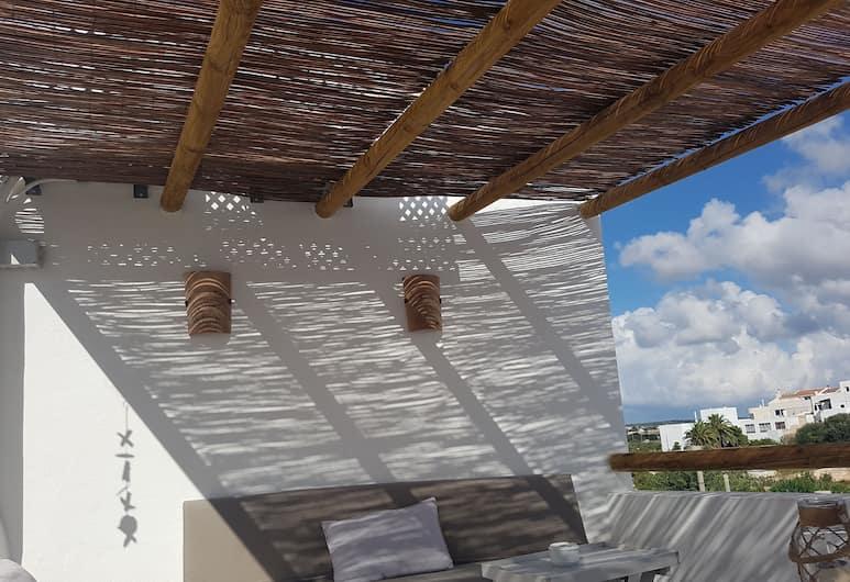 錫烏塔德拉我的客房酒店 - 只招待成人入住, 休塔德利亞德梅諾爾卡, 陽台