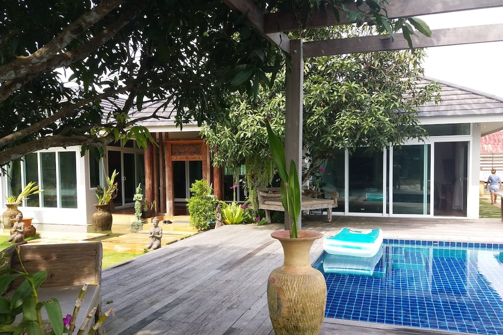 3 Bedrooms Pool Villa  - Terasa/trijem
