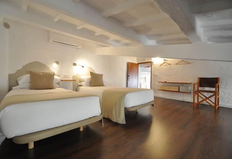Port Antic Ciutadella, Ciutadella de Menorca, Family Suite, 2 Bedrooms, Guest Room