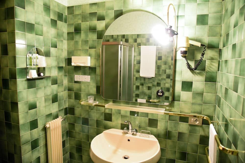 標準單人房, 1 張加大雙人床, 陽台 - 浴室
