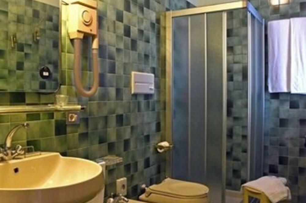 豪華雙人房單人入住, 1 張特大雙人床, 露台 (Panoramic ) - 浴室