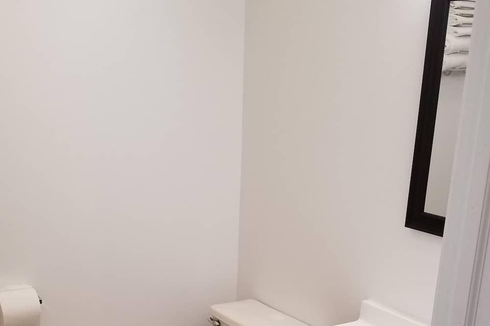 Standard tuba, 1 lai voodi, suitsetamine keelatud - Vannituba