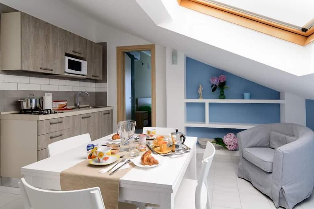 Comfort suite, djelomičan pogled na more - Dnevni boravak