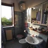 Quarto Quádruplo Clássico, Casa de Banho Privativa - Casa de banho