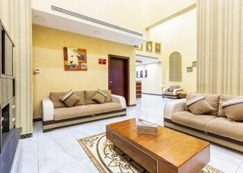 Nuotrauka: Ghosn Al Banafsej Hotel Apartments, Damamas