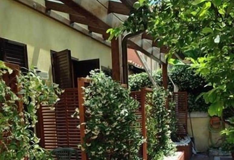Hotel Select, Rome, Jardin