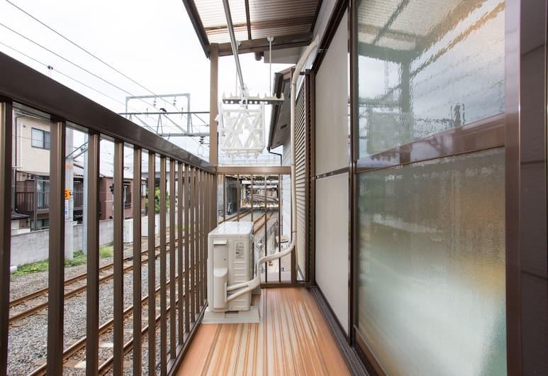 Apple House Tofukuji, Kyoto, Family Room, Balcony