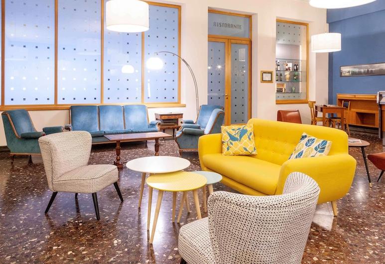 ibis styles Trani, Τράνι, Μπαρ ξενοδοχείου