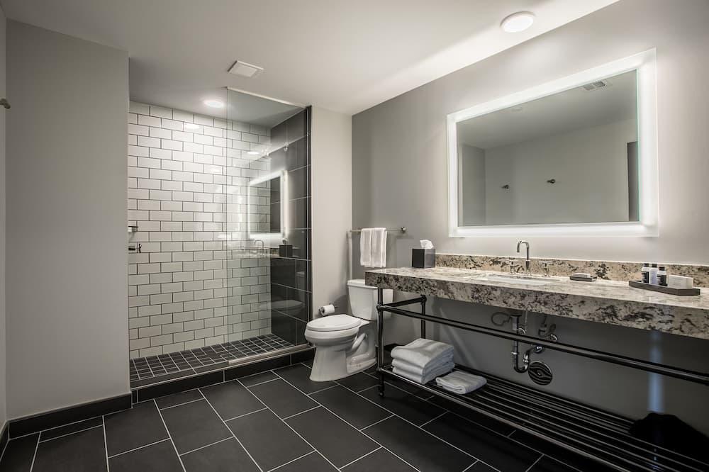 Standardzimmer, 2Queen-Betten, Nichtraucher - Badezimmer