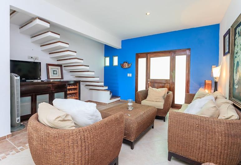 Condo Cristina by Riviera Rentals, Playa del Carmen, Apartment, 2 Bedrooms, Pool View, Living Area