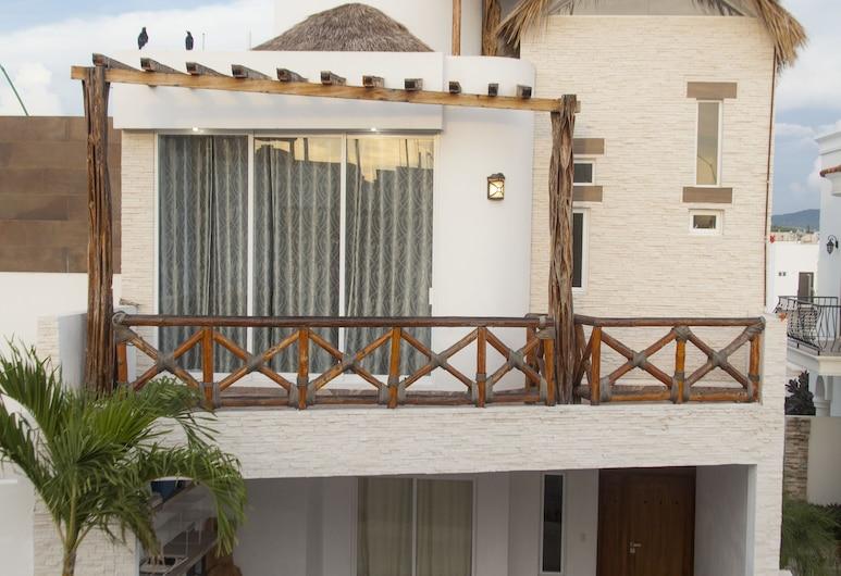 Casa Car by LATAM Vacation Rentals, Mazatlán