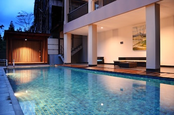 Foto Cempaka 5 Villa Dago Private Pool di Bandung