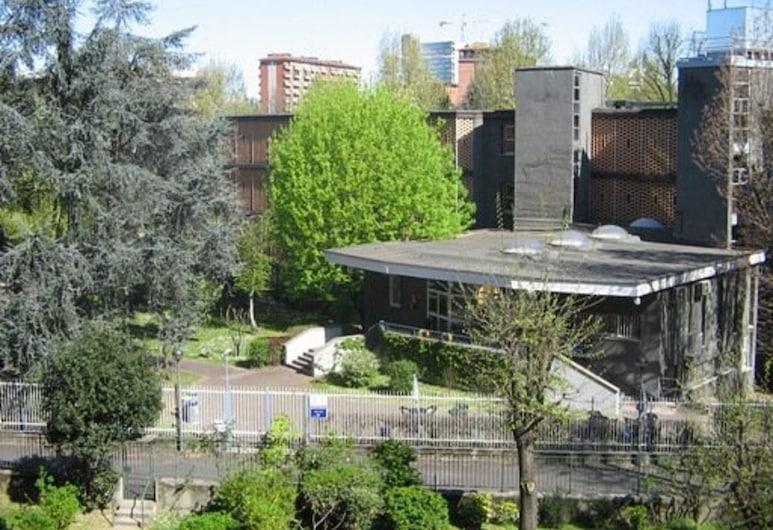 오스텔로 아이그 피에로 로타, 밀라노, 정원
