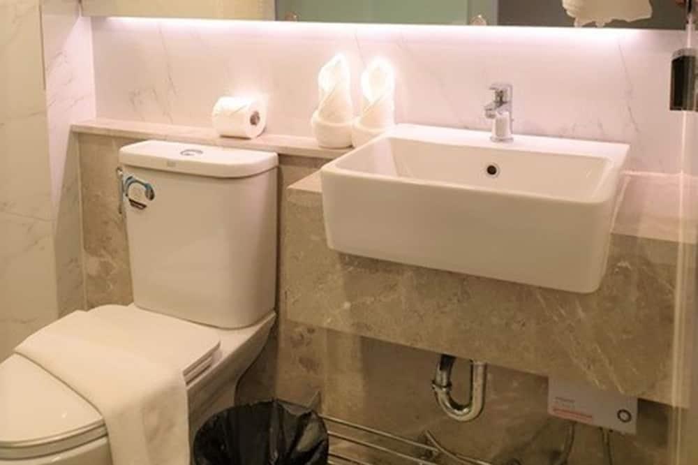 Pagerinto tipo dvivietis kambarys - Vonios kambarys