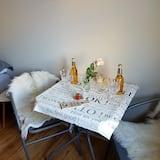 Studio apartman - Obroci u sobi