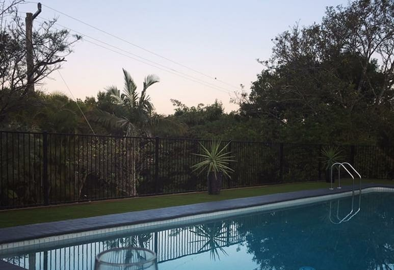 The Country House at Hunchy Montville, Hunchy, Piscina al aire libre