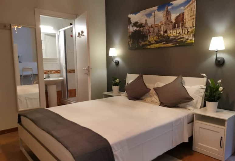 Martini Rooms, Rome, Standard Double Room, Guest Room