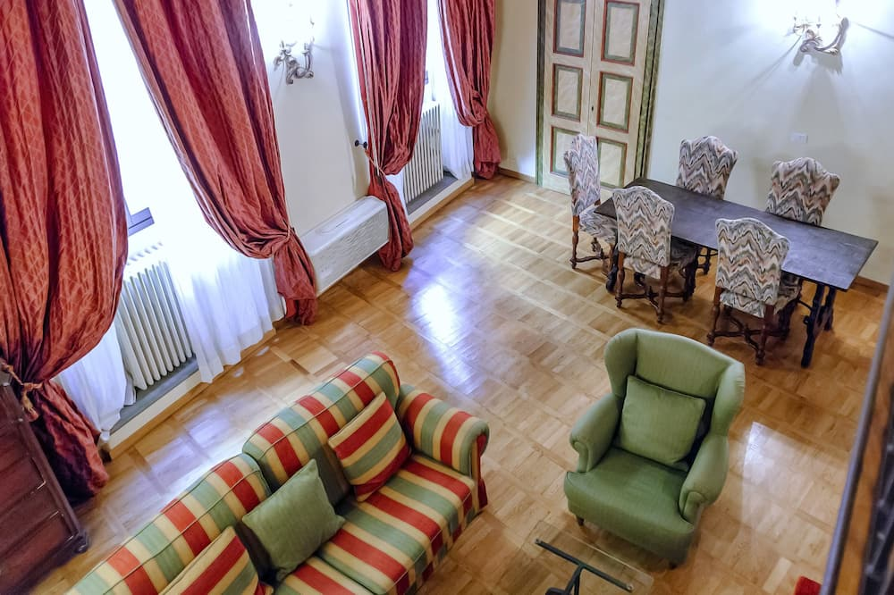 奢華公寓, 2 間臥室 (Location: Via del Corno 3) - 客廳