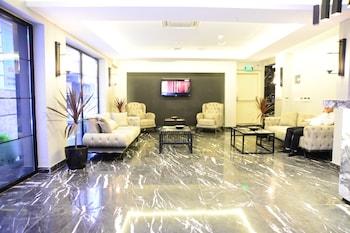 ภาพ Gardenya Suit Hotel ใน แทรบซอน
