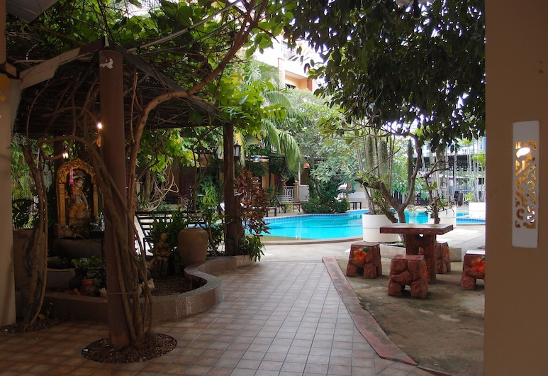 Blue Garden Resort Pattaya, פטיה, גינה