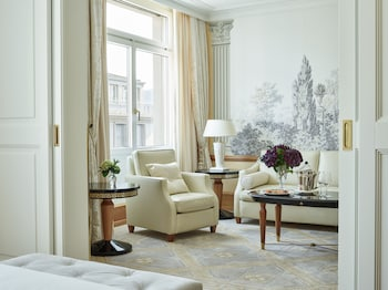 תמונה של Savoy Hotel Baur en Ville בציריך