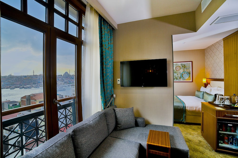 Deluxe Double Room, Sea View - Guest Room