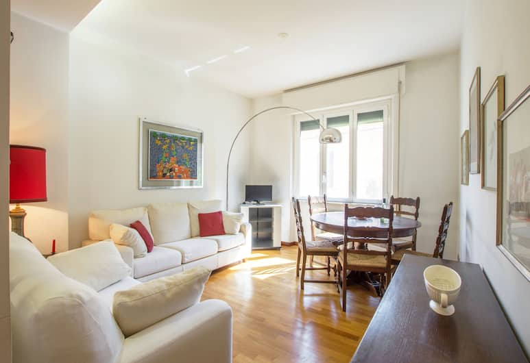Monginevra Old Fashioned House, Rome, Apartment, 2 Bedrooms, Living Area
