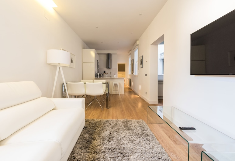Ópera Plaza - MADFlats Collection, Madrid, Apartment, 1 Bedroom, Living Room