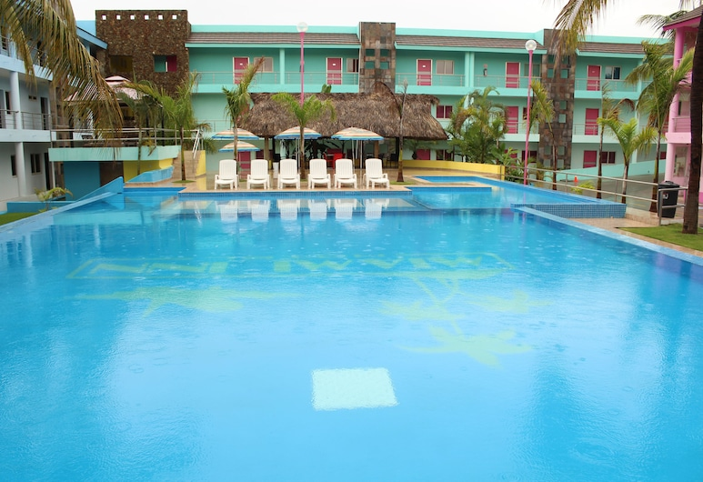 Miami Inn Hotel, Nuevo Vallarta, Piscina al aire libre