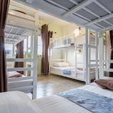 6 Bed Family Room  - Hosťovská izba
