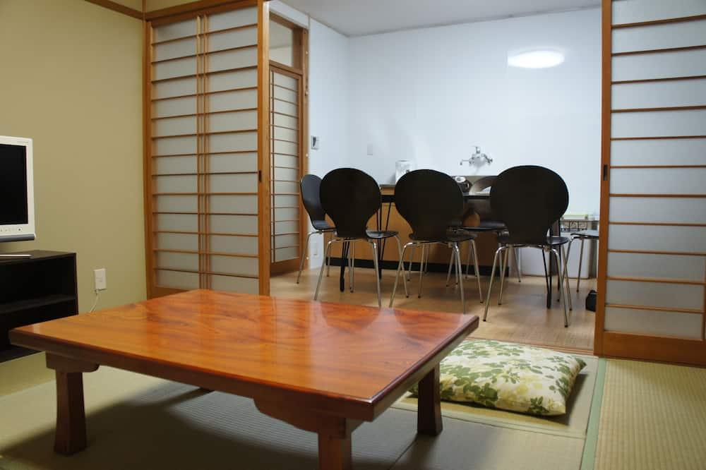 Traditional-Stadtwohnung (Japanese-Style) - Wohnbereich